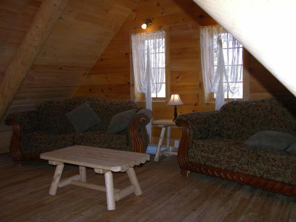 Hotel Pictures: Chalets Passion Quebec, Saint-David-de-Falardeau