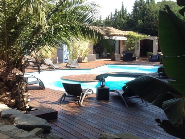 Hotel Pictures: Le Mas d'Olivier, Plan-de-la-Tour