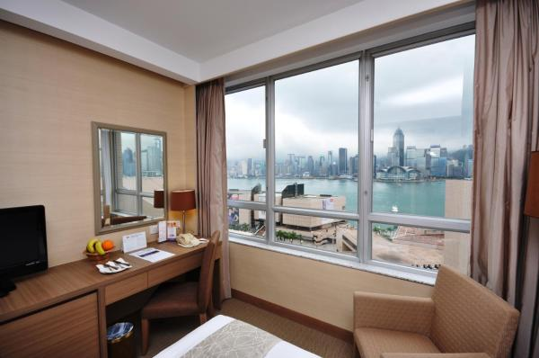 Queen or Twin Room with Partial Harbour View
