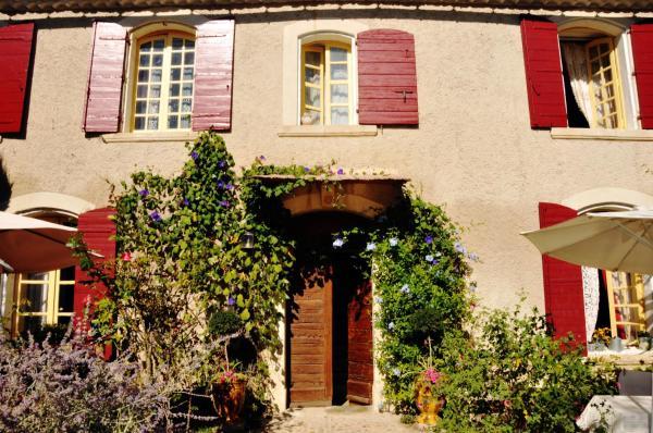 Hotel Pictures: Le Presbytere en Provence, Saint-Étienne-du-Grès