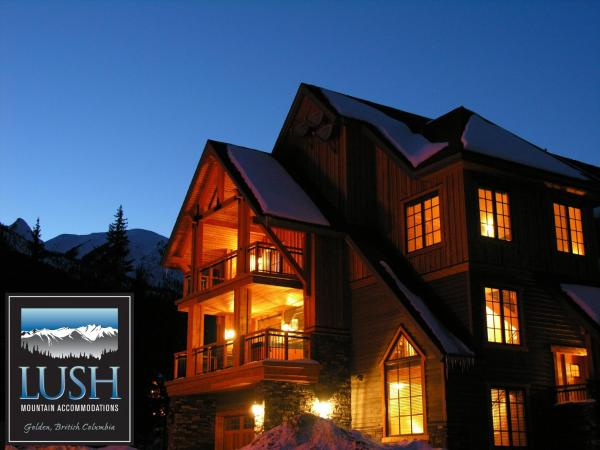 Hotel Pictures: Lush Mountain Accommodations, Golden