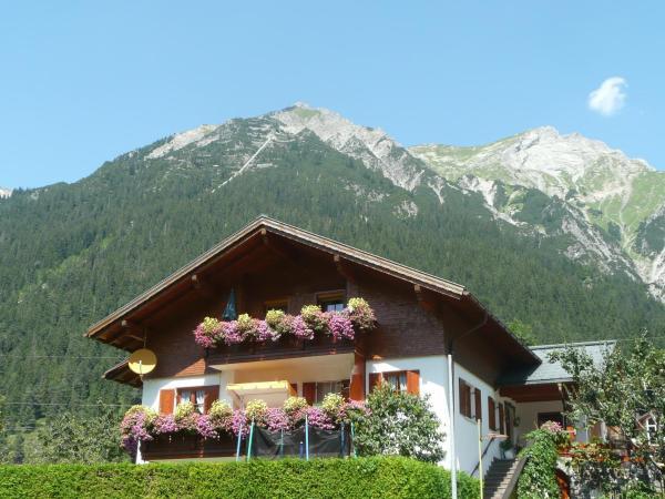 Hotellikuvia: Haus Dönz, Klösterle am Arlberg