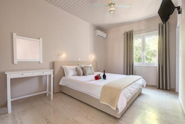Hotel Pictures: Paradise Village, Roda