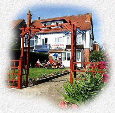 Hotel Pictures: Mickleton Guesthouse, Skegness