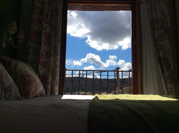 Hotel Pictures: Hotel Rural Los Roturos, Maestu