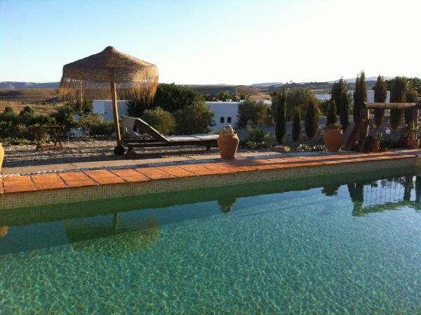 Hotel Pictures: Relais du Silence Cortijo Los Malenos, Agua Amarga