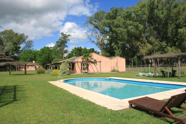 Фотографии отеля: Granja Loma Verde, Брандсен