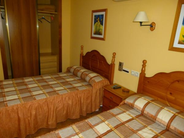 Hotel Pictures: Hotel Paqui, Valverde de Júcar