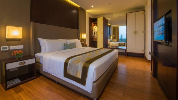Executive Double Room with Private Airport Pick up & Drop off