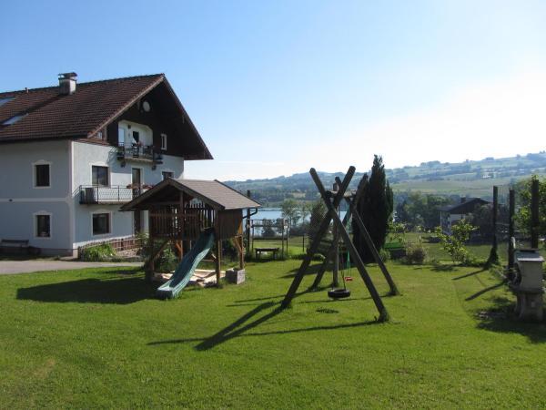 Фотографии отеля: Bauernhof Schink, Zell am Moos