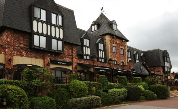 Hotel Pictures: Village Hotel Wirral, Bromborough