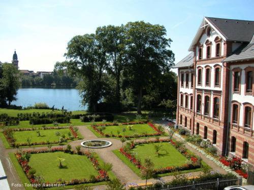 Hotel Pictures: Hotel Am Tiefwarensee, Waren
