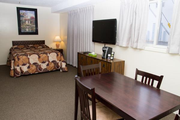 Hotel Pictures: Wheel Inn Motel, Assiniboia
