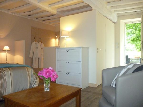 Hotel Pictures: Le Clos Mayas, Vaux-sur-Seulles