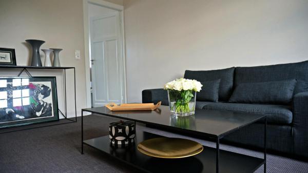 Hotel Pictures: Little Suite - Chiara, Marcq-en-Baroeul