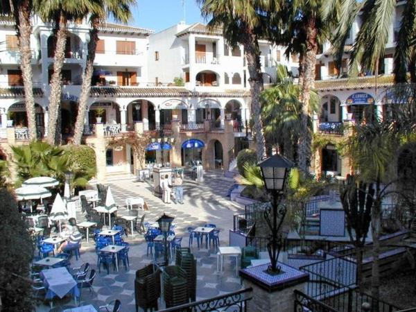 Hotel Pictures: Pinada Golf, Villamartin
