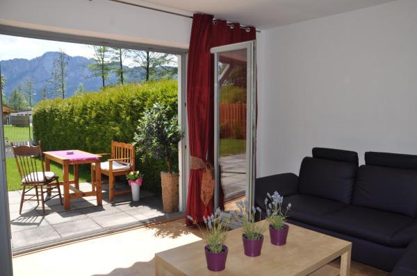 Hotellikuvia: Vom Garten in den See!, Mondsee