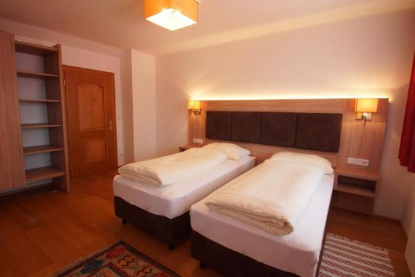 Hotellikuvia: Gasthof zur Post, Strasswalchen