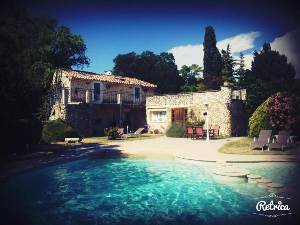 Hotel Pictures: Le Mas de Lily Rose, Valaurie