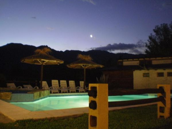 ホテル写真: Cabañas Rio Mendoza, Cacheuta