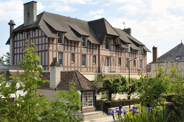 Hotel Pictures: Hostellerie Du Chateau, Chaumont-sur-Loire