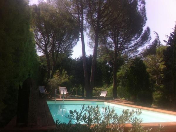 Hotel Pictures: Villa Lumières, Goult