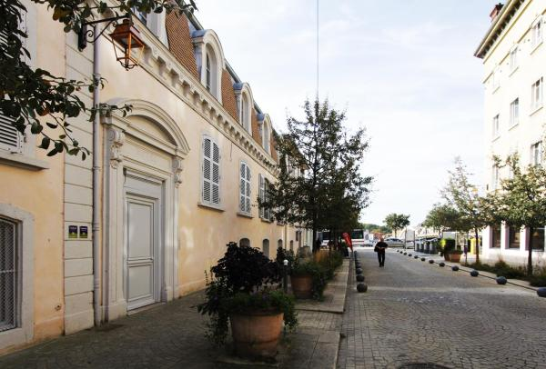 Hotel Pictures: , Neuville-sur-Saône