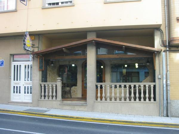 Hotel Pictures: Pension Vagalume, Boiro