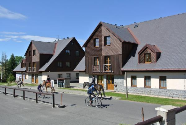 Hotel Pictures: Apartmán-Hrabětice v Jizerských horách, Janov nad Nisou