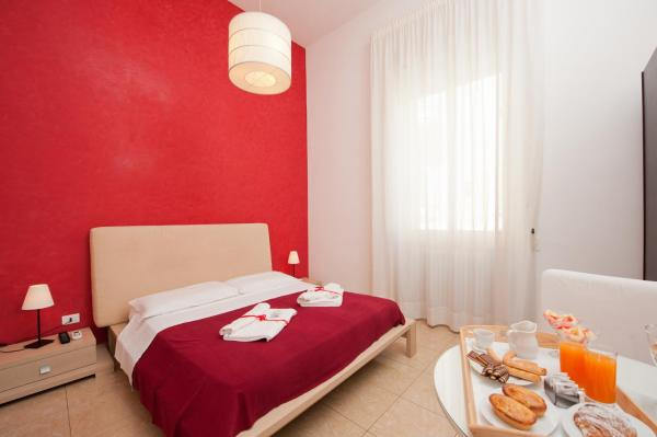 Hotel Pictures: Mirage Bed and Breakfast, Lecce