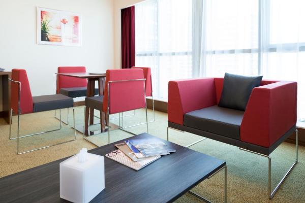 Hotel Pictures: Adagio Fujairah ApartHotel, Fujairah