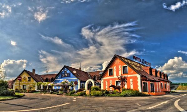 Hotel Pictures: Hotel Elzet, Tábor