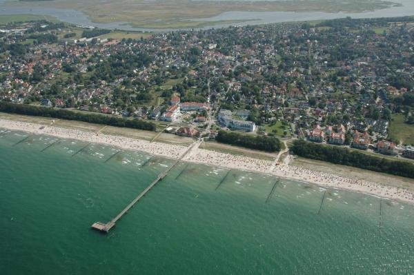 Hotel Pictures: Apartment Seeperle, Zingst