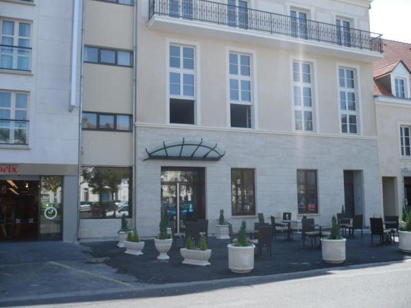 Hotel Pictures: Résidence d'Artagnan, Montargis