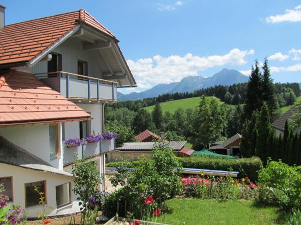 Fotos do Hotel: Kronberger Apartment, Rossleithen