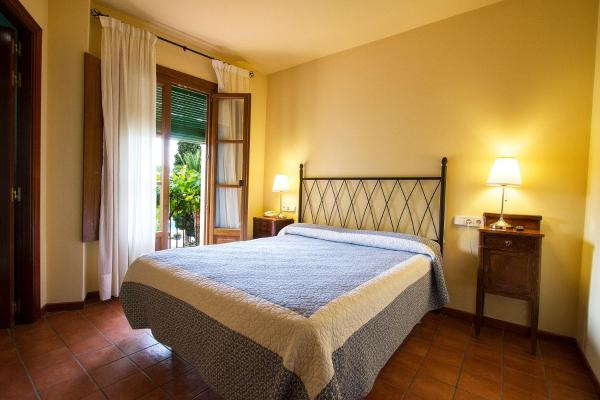 Double Room with Wine Cellar Package