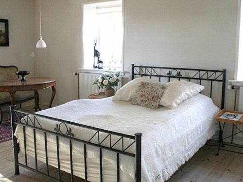 Hotel Pictures: Teglgaarden Bed & Breakfast, Svendborg