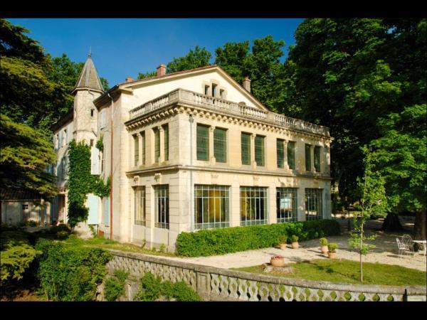 Hotel Pictures: Manoir Le Roure & Spa, Châteauneuf-du-Rhône