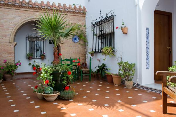Hotel Pictures: Hostal Andalucía, Chipiona