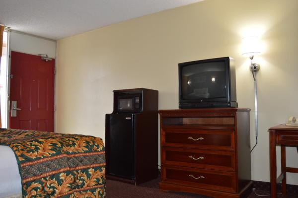 Smoking Room with Two Double Beds