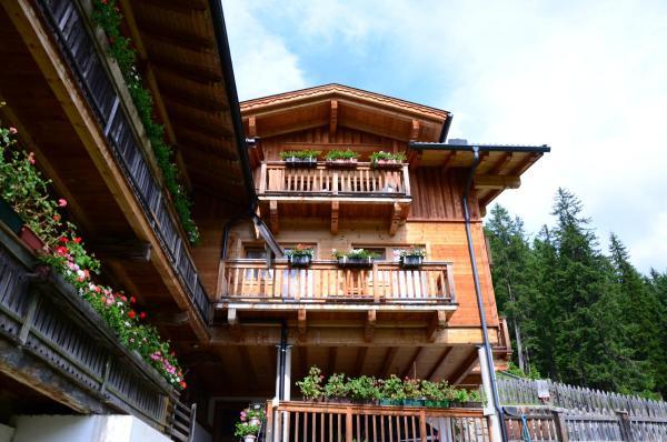 Hotelbilleder: Ferienhaus Schöneggerhof, Innervillgraten