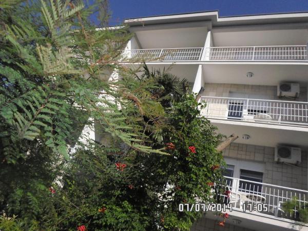 Zdjęcia hotelu: House Danica Apartments & Rooms, Sukošan