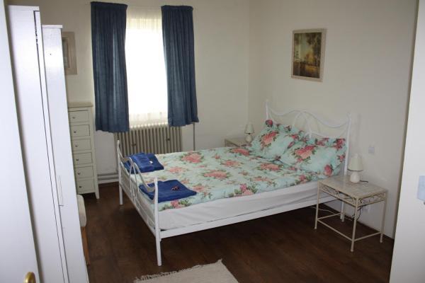 Hotel Pictures: Pension K Znojmo-Kasárna, Znojmo