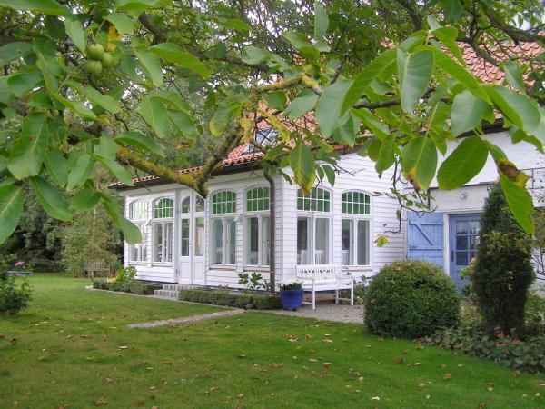 Hotel Pictures: Landhaus einer Malerin, Poseritz