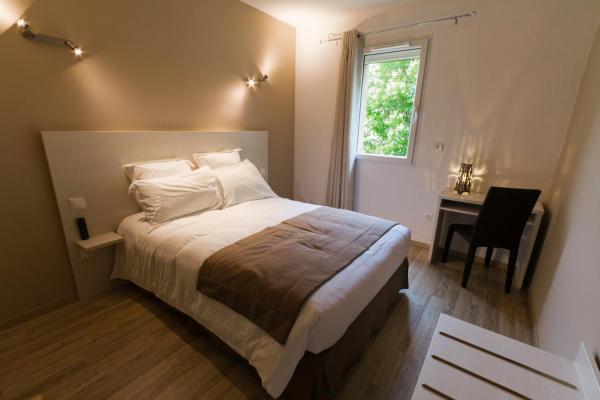 Hotel Pictures: Hôtel Les Petits Oreillers, Saint-Martin-d'Ardèche