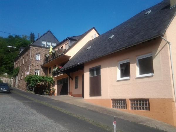 Hotel Pictures: Weingut-Gästehaus Karl Otto Nalbach, Briedel