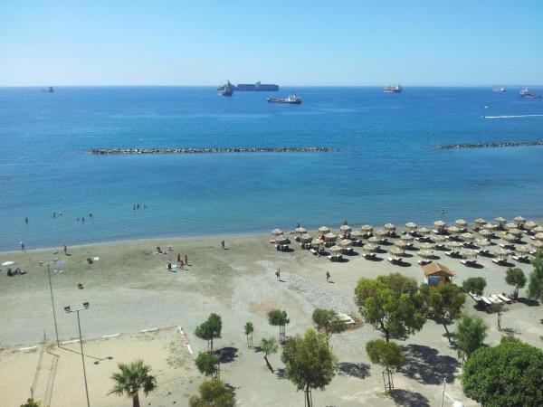 Hotelbilder: Kanika Sea Forum Apartment No. 707, Limassol