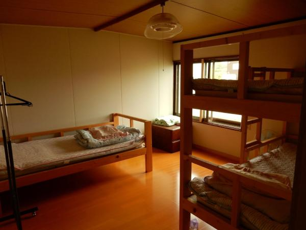 Single Bed in Mixed Dormitory Room - Non-Smoking