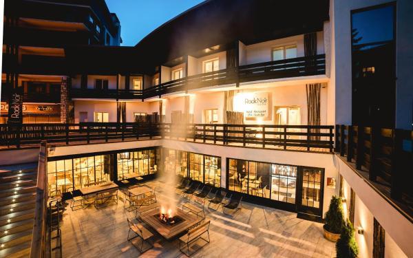 Hotel Pictures: Rock Noir & Spa, La Salle Les Alpes