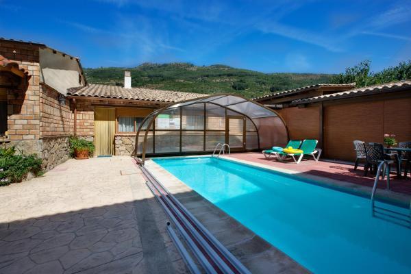 Hotel Pictures: Casas Rurales Carroyosa del Jerte, Navaconcejo
